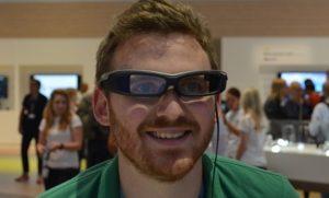 Sony SmartEyeglass Attach akilli gozluk